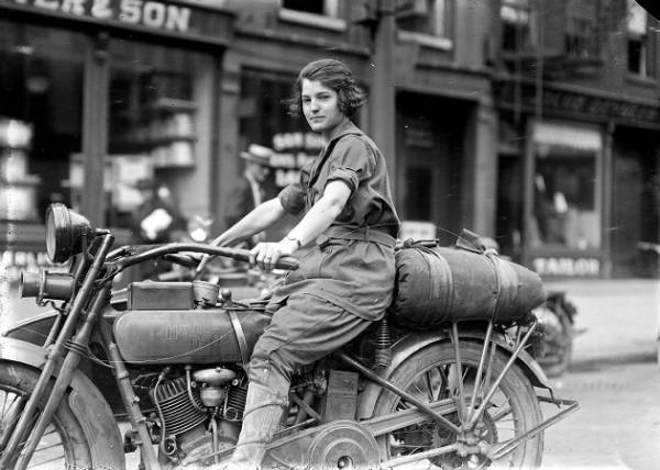 Pretty ester stevens the old motor for Motor city newark nj