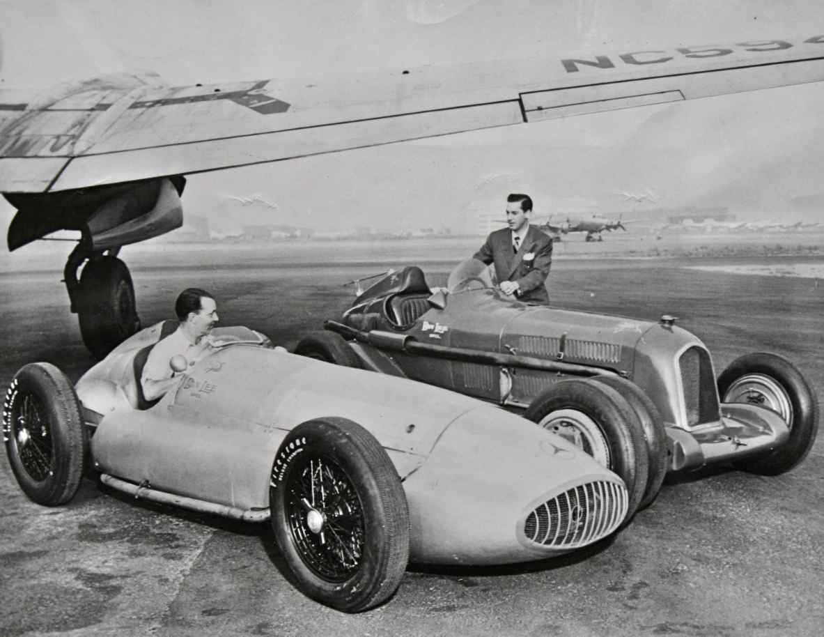 A Very Interesting Associated Press Photo Dated May, 5 1947, Showing The  Don Lee Ex Perimental Engineering Companies Two Entries For The Indianapolis  500, ...