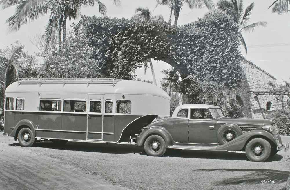 Image of a 1936 Aerocar with Roadster