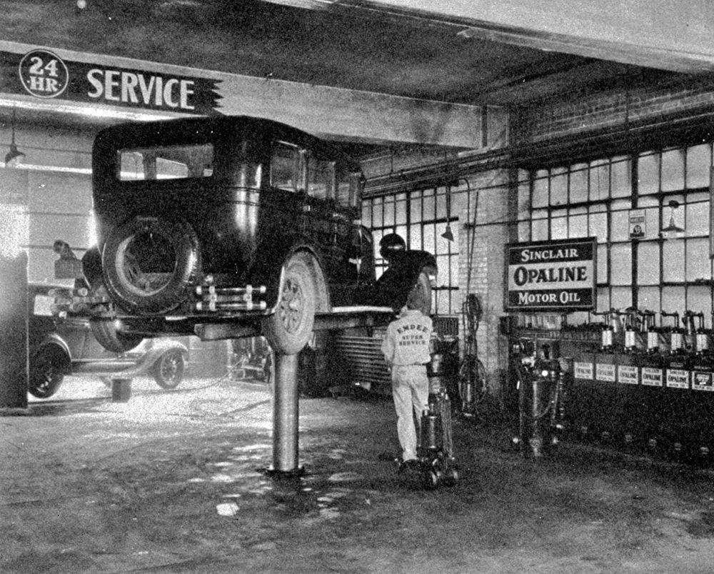Garages the old motor page 3 for Garage volkswagen villeneuve saint georges