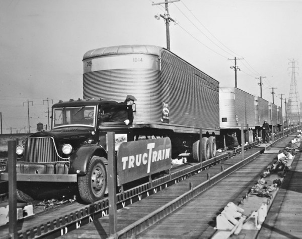 Pennsylvania railroad the old motor for Motor cargo freight company