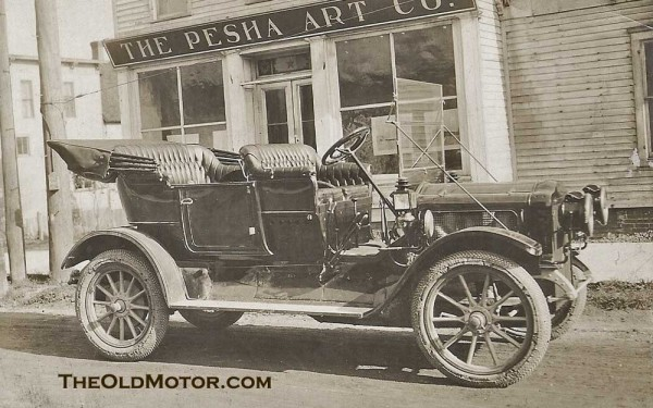 In an era when most families did not have cameras, post cards of automobiles were an alternative. In this case, we have a post card maker to credit for ...
