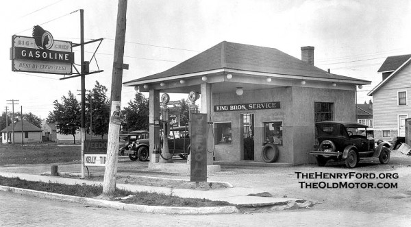Service Station Photos Taken In The 1920s The Old Motor