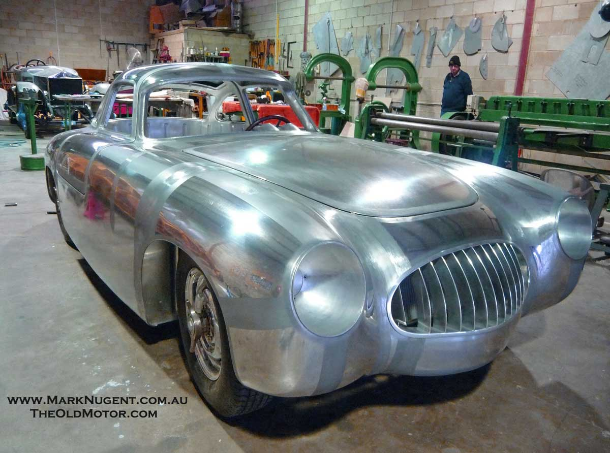Antique Auto Body : Coachbuilding of vintage and classic car bodies the old