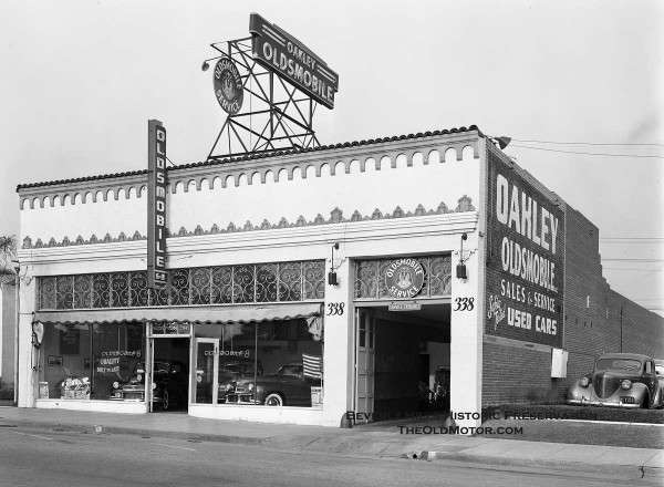The last of the new oldsmobiles beverly hills for Garage ford saint louis
