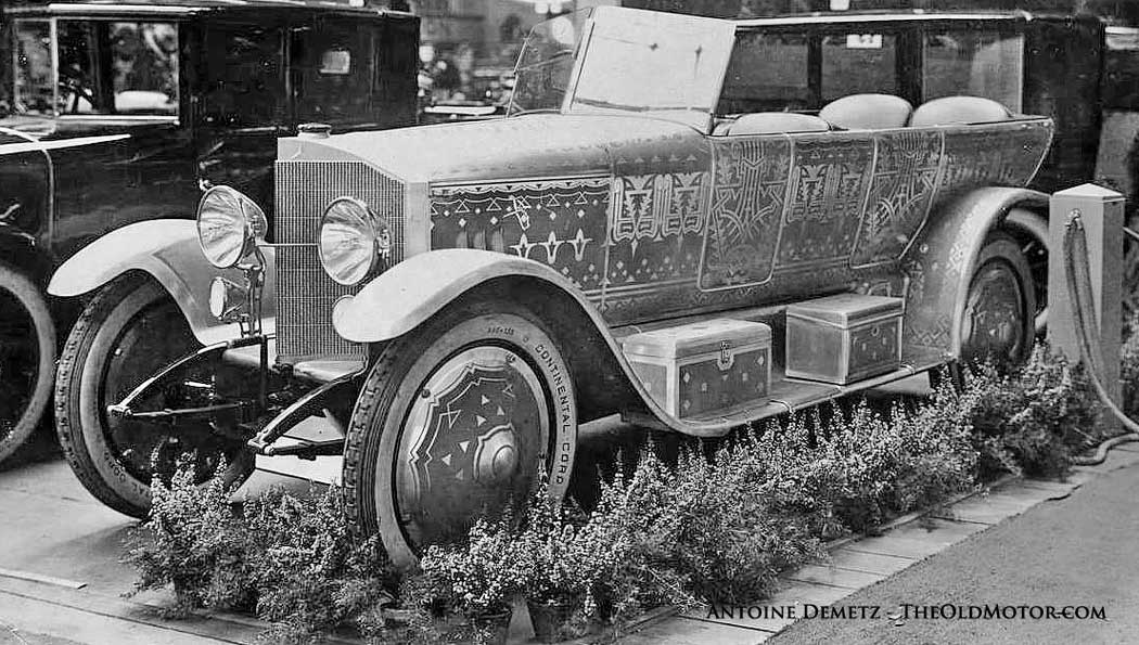 1915 Mercedes with decorative paint work