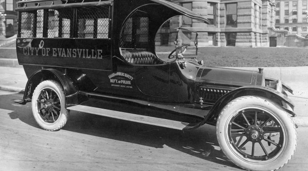 1915 Cadillac Police Patrol Wagon
