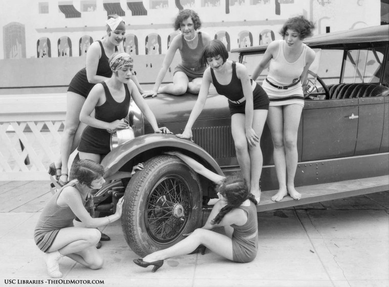 1925 Marmon Model 74 Touring car