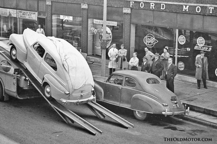 Jim Hills Ford Receives the new 1946 Ford Models