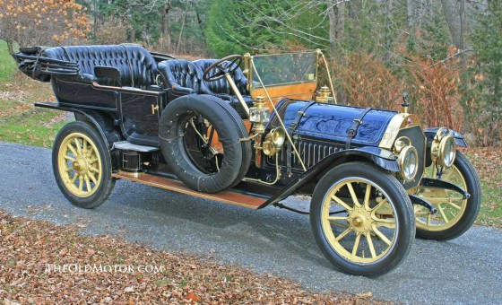 1910 Thomas-Flyer 6-70 Seven Passenger Touring Car