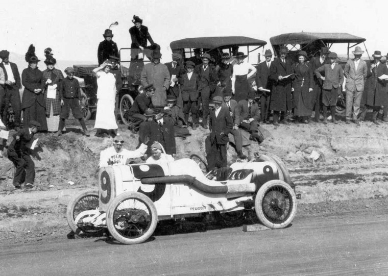 A Peugeot at The 1915 San Diego Exposition Road Race.