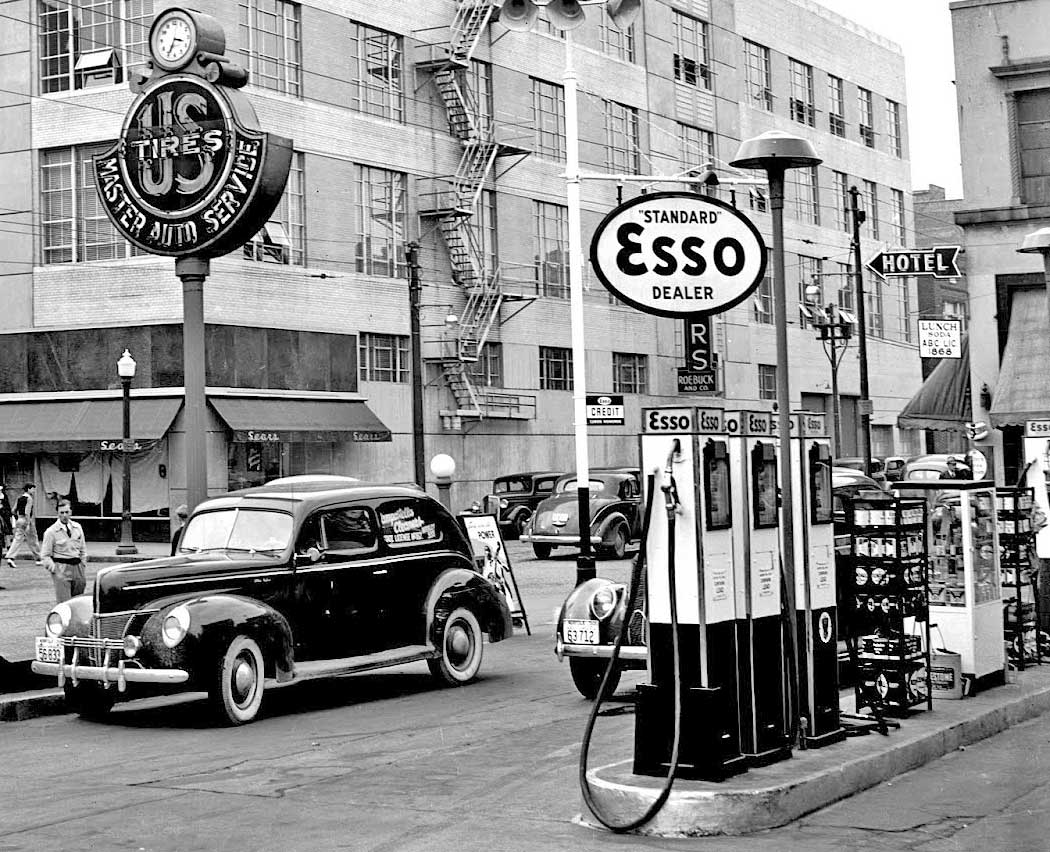 Master Auto Service And Esso Gasoline In Norfolk, Virginia | The Old Motor
