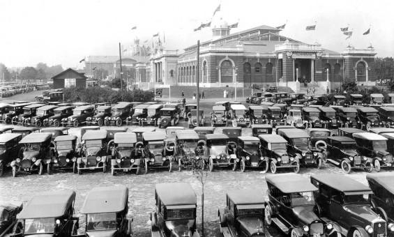 1923 Toronto Auto Show at Transportation Hall