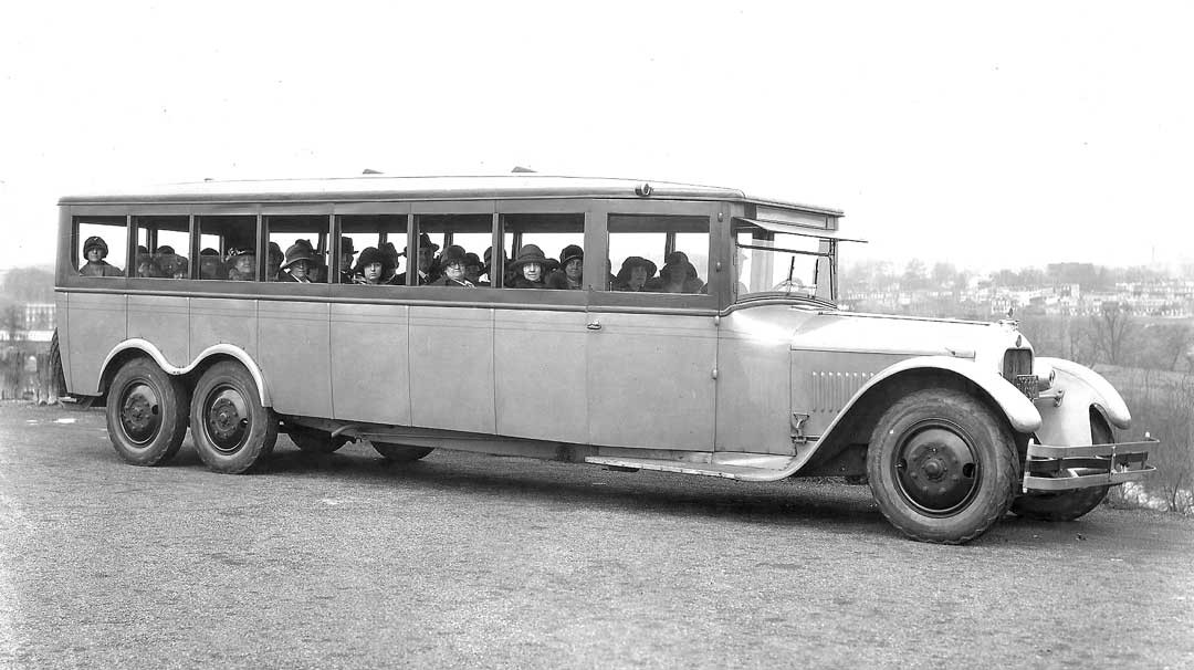 The 1924 Six-Wheel Bus