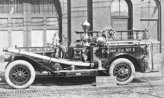 The 1910 Wichita Falls Texas Robinson-Chadwick Pumper old antique fire engine