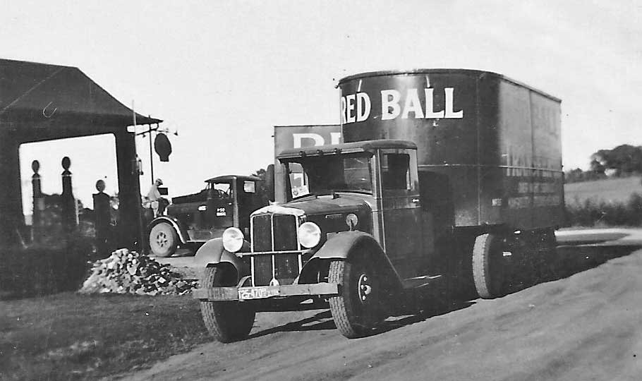 A Vintage Gasoline Station Photo Archive – Hiawatha, Kansas | The ...