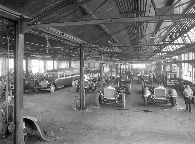 The Six-Wheel Co. Bus production line in Philadelphia, PA. old antique