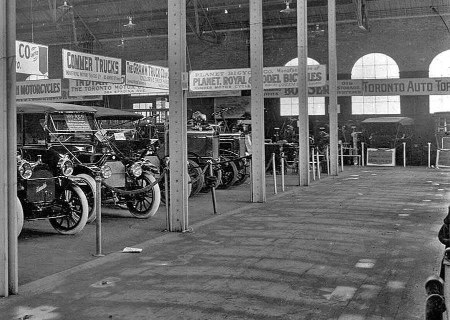 Motorcycle Dealers Toronto >> The 1913 Toronto Auto Show At Transportation Hall   The Old Motor