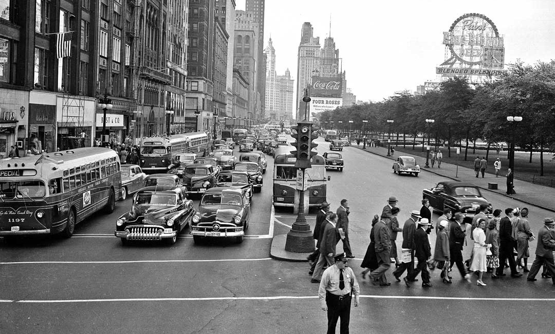 A Bustling Michigan Avenue Street Scene In The Windy City | The ...