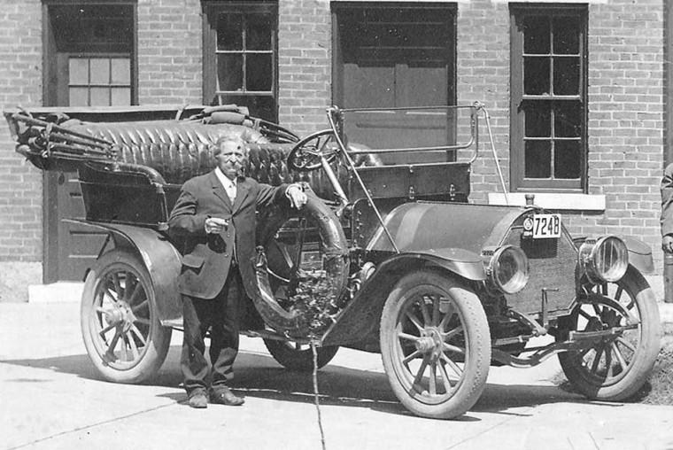Circa 1912 Speedwell touring car