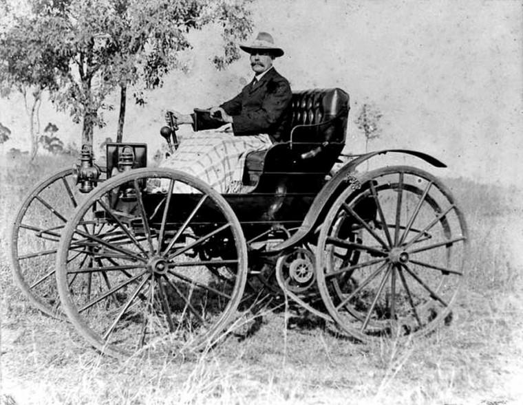 1908 Holsman Highwheeler Roadster