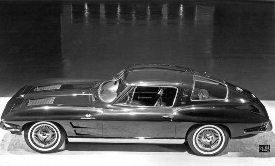 four-seat 1963 split-window Corvette