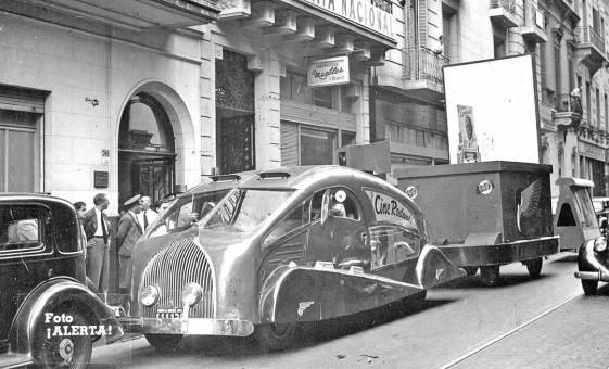 1930s streamlined truck