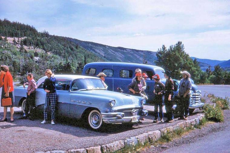 1955 Buick 1950 Chevrolet Suburban