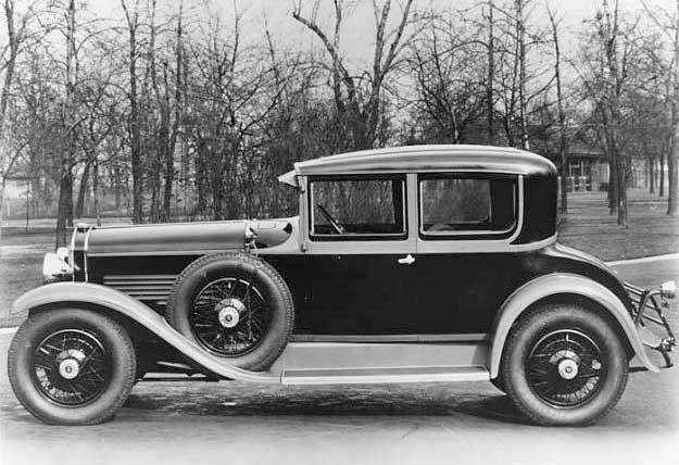Windsor White Prince Victoria Coupe