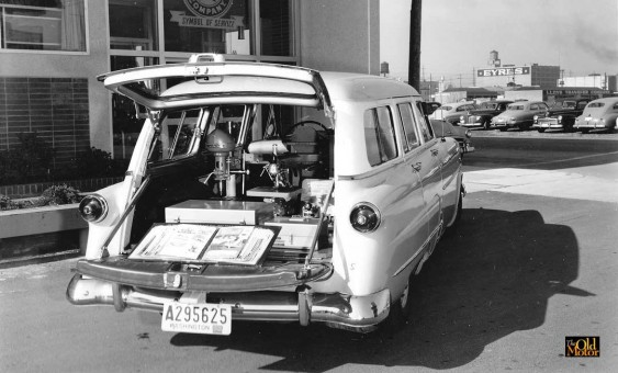 1952 Ford station wagon Homecraft machinery