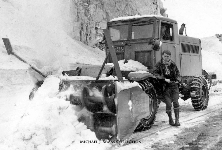 1930's sno-go snow blower