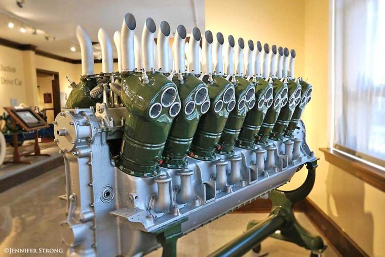 Duesenberg 48-valve V-16 Engine