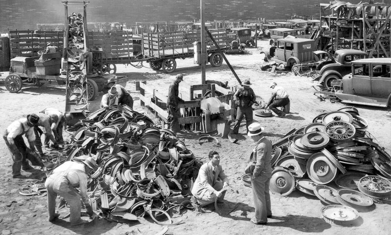 auto scrap yard 1932