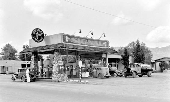 signal gasoline station 1934