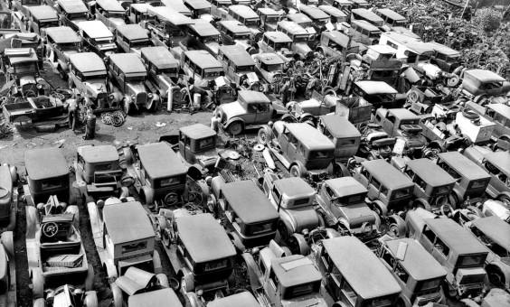wrecking yard 1932