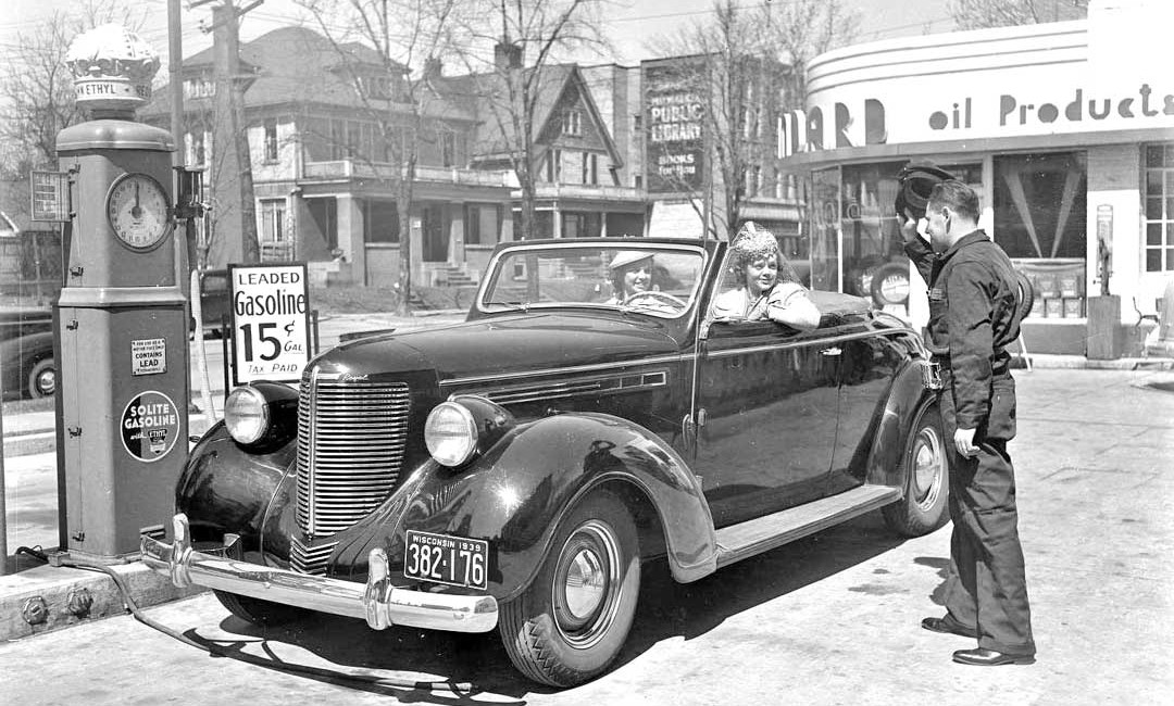 1938 Chrysler Gets the Royal Treatment by Standard Oil Co. of ...