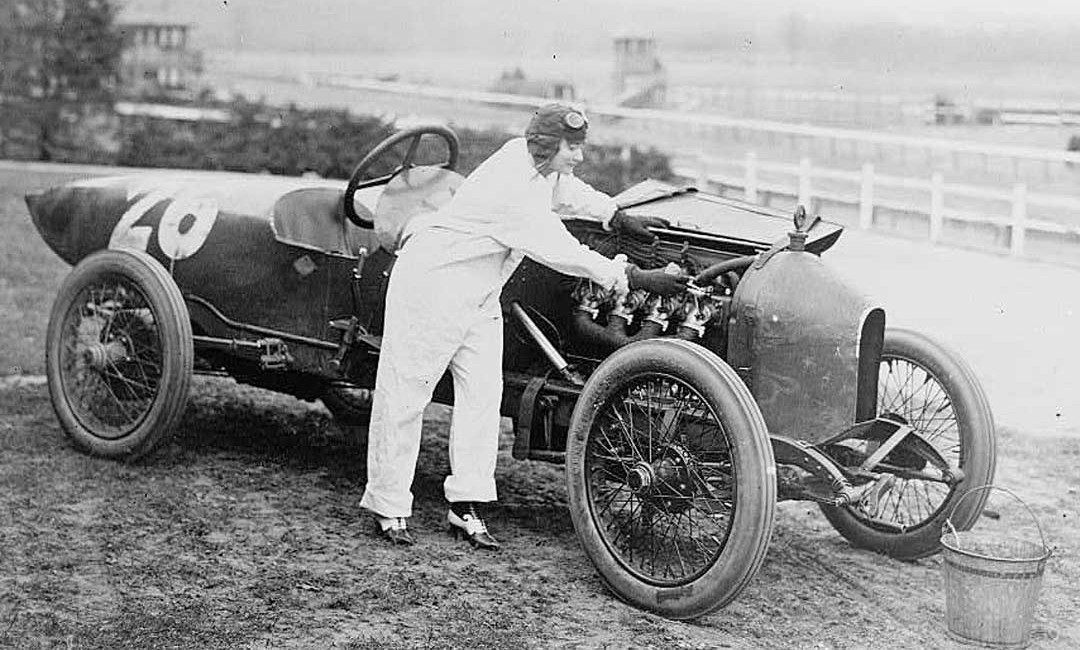 A Unique Wisconsin Sixteen-Valve Four-Cylinder Racing Engine | The ...