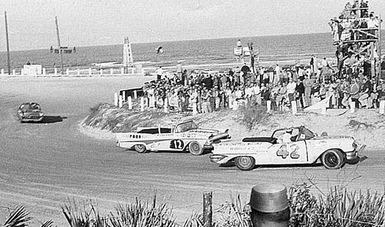 1958 Daytona Convertible Race
