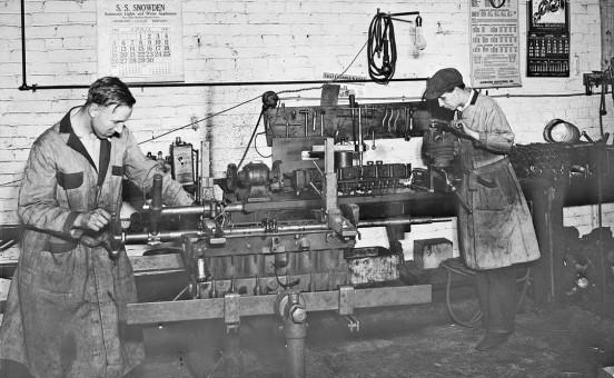 Auto Machine Shop Line Boring in 1931