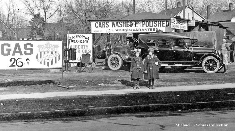 Central Calif. Valley Gas Station 1920s