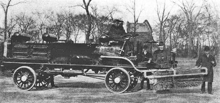 F.W.D. Street Sweep 1913