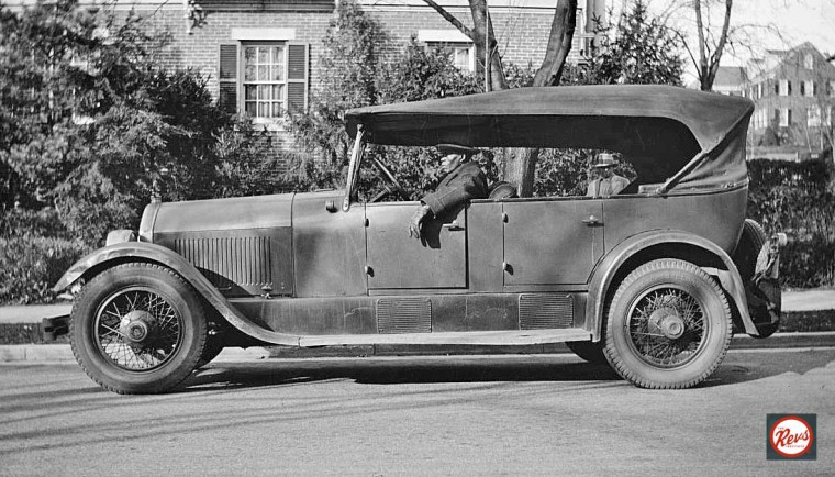 Mid-1920s Stutz touring car