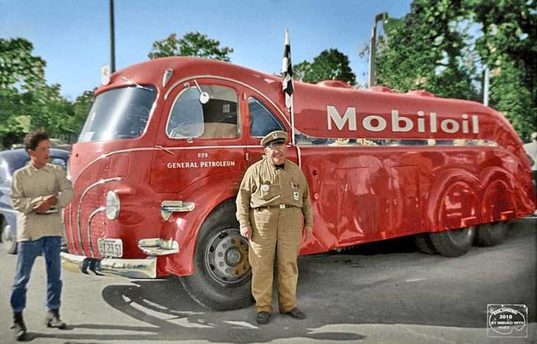 The Gilmore – Mobil Streamliner Gasoline Truck