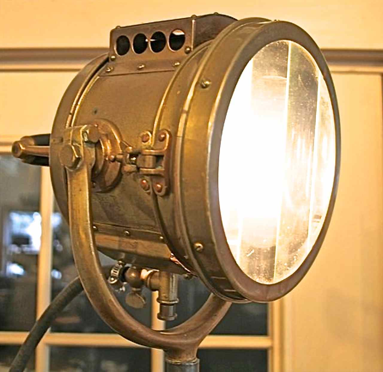 Using A Vintage Rushmore Search Light During A Power