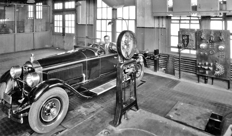 1927 Packard on a Chassis Dynamometer