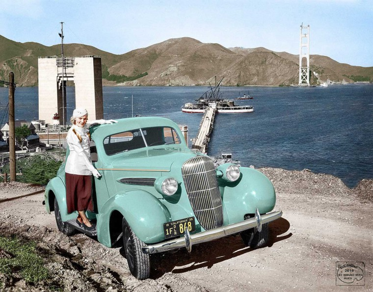 1935 Oldsmobile coupe