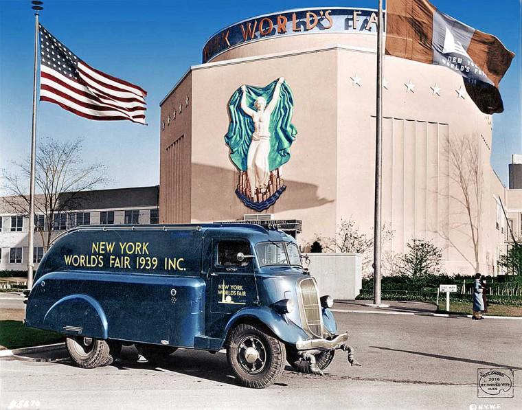 1939 New York World's Fair Studebaker Truck