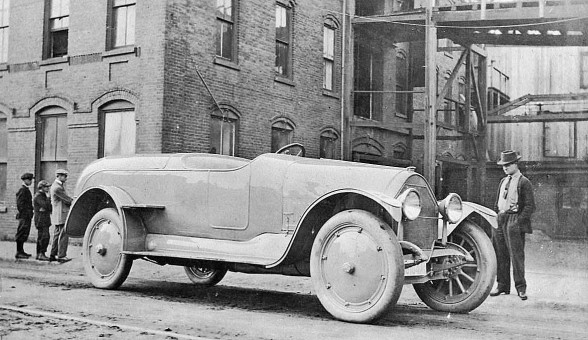 Pettingell Body on 1915 Mitchell I