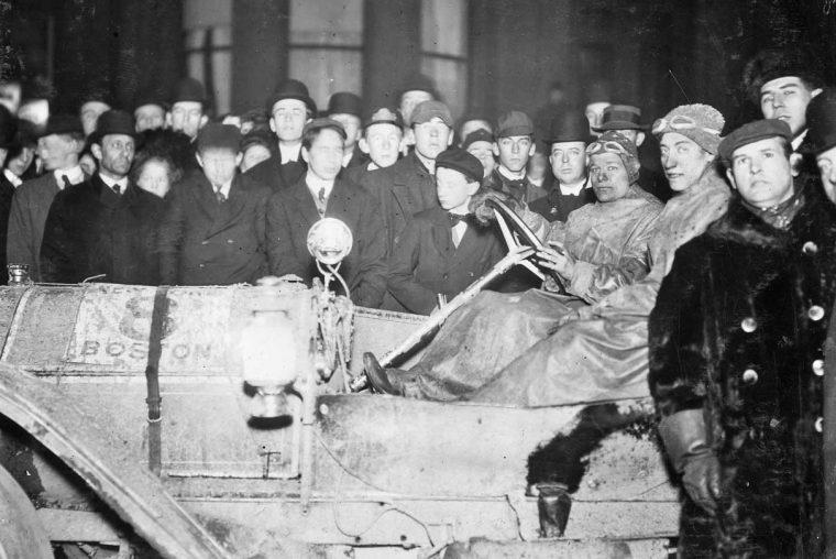 Guy Vaughn and Stearns at Finish 1909 NY to Boston Run