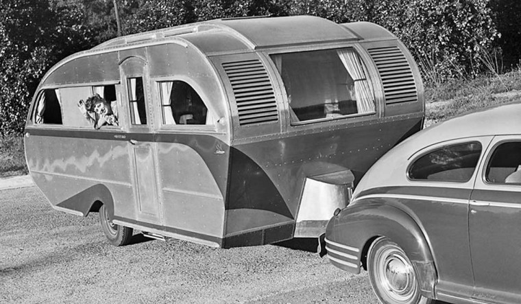 Mystery Vintage Traveling Trailers 1